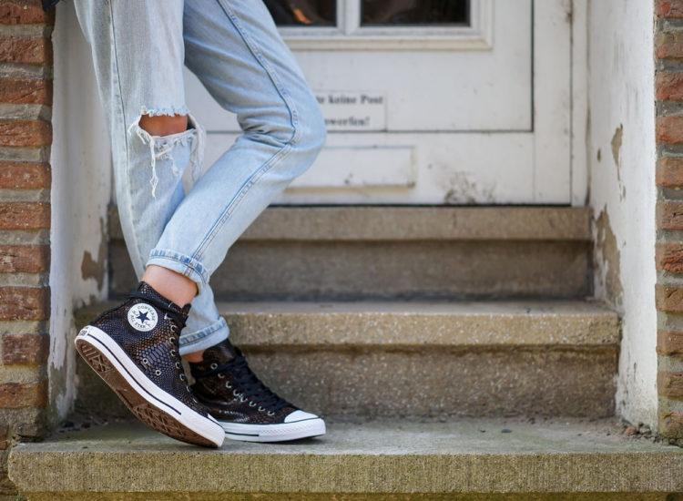 Chucks_schuhart_vreden_schuhgeschäft_jeans_street_cool_mode_braun_reptilienhaut_converse_oldschool_klassiker